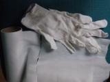 środki czyszczące i rękawiczki